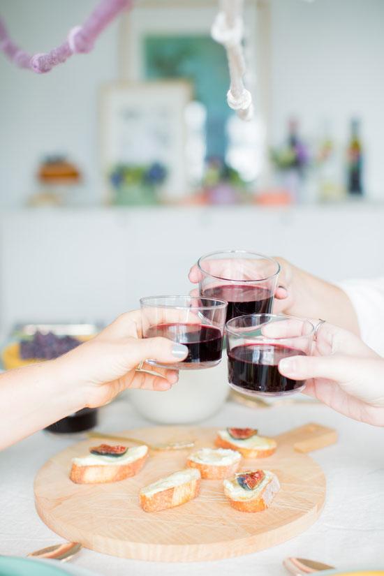 Cheers! 7 DIY Dinner Party Hacks