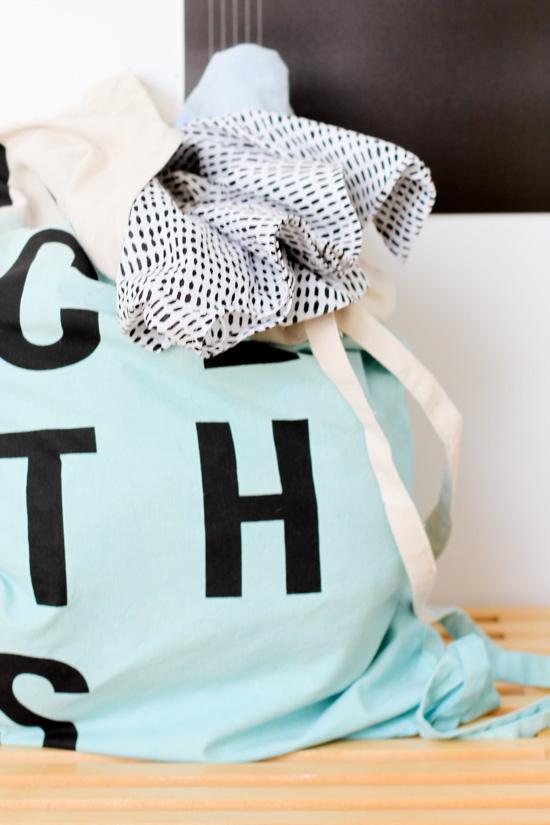 DIY Dip Dyed Laundry Bag