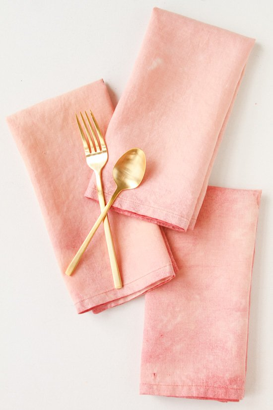 Try this subtle DIY bleaching technique for old linen napkins.