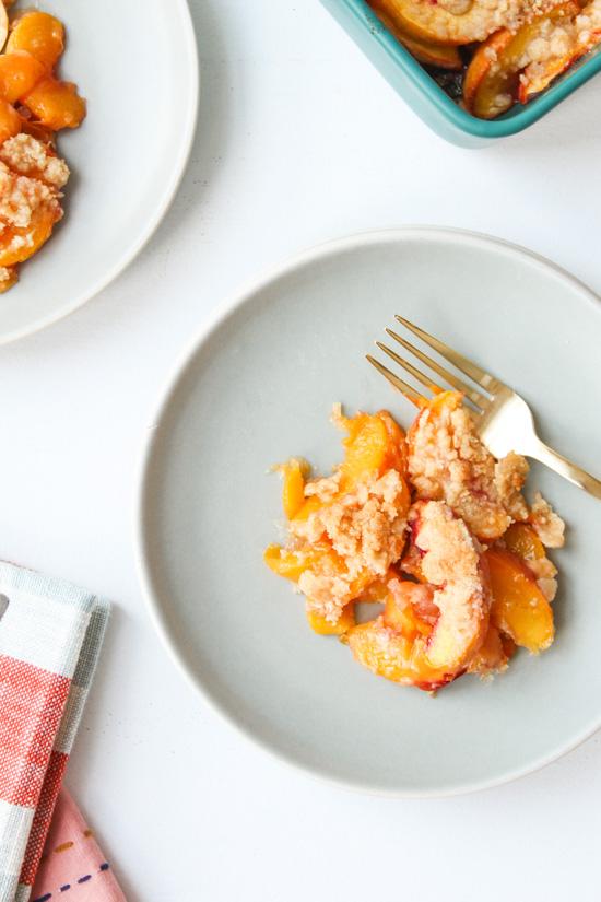 Easy Peach Crumble Recipe