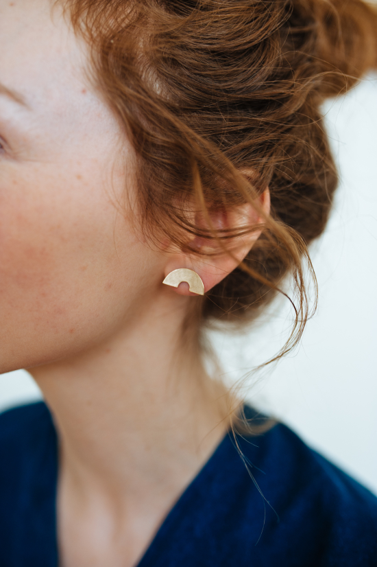 Half circle gold earrings