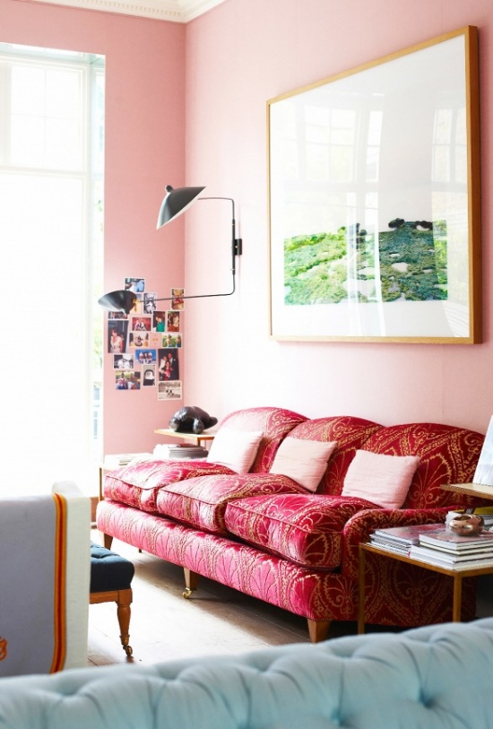Pink walls and fuchsia couch