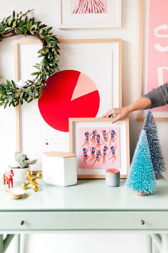 3 alternative ways to refresh your entryway for the holidays (without trying too hard)
