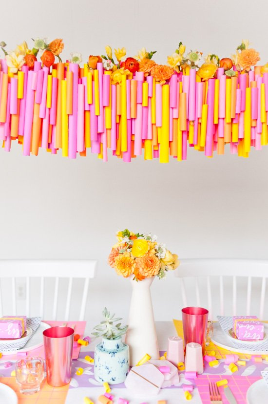 A Neon Thanksgiving // 5 (Budget-Friendly) DIY Ways to Colorize your Thanksgiving Dinner Table