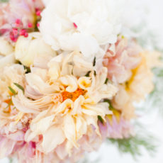 Center of Attention: The Secret Ingredient to The Prettiest Holiday Centerpiece