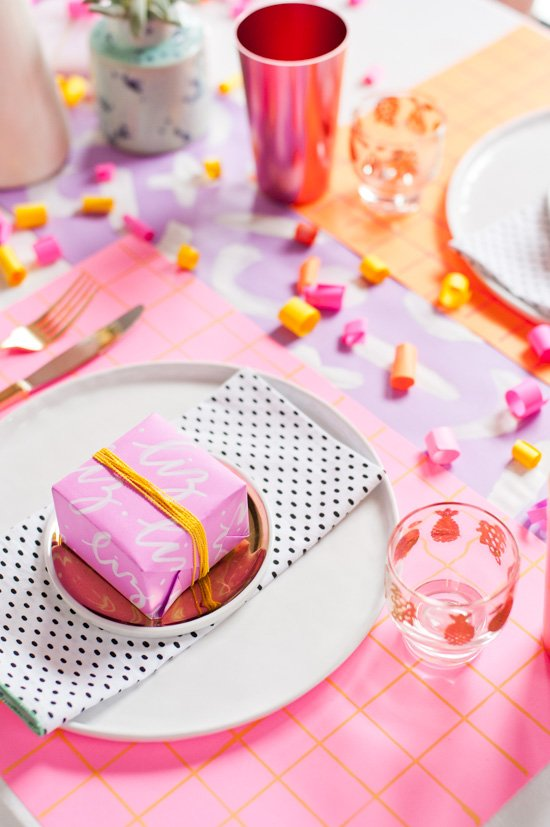Looking for alternative Thanksgiving decor this year? Try neon! Lots of (colorful) DIY Thanksgiving tabletop ideas to try on this blog.