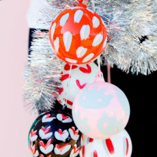 15 Minute DIY to Try: Painted Pattern DIY Holiday Ornaments