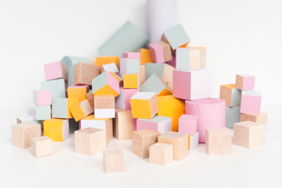 Oversized wood block DIY garland idea