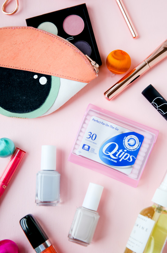 DIY eye clutch and makeup bag