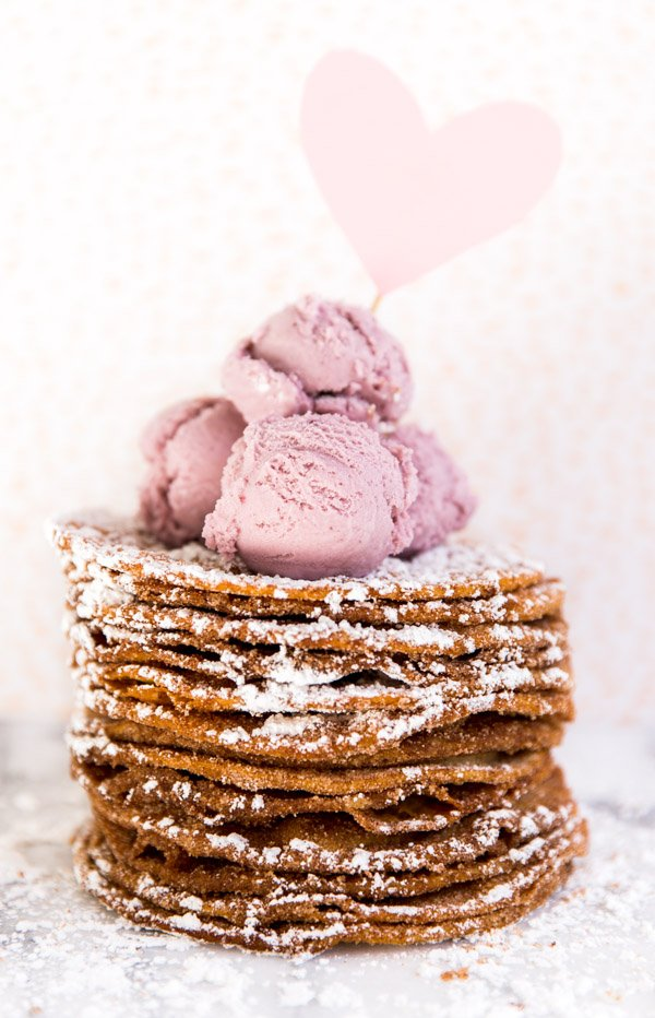 Quick and easy recipe V-Day buñuelos stacks
