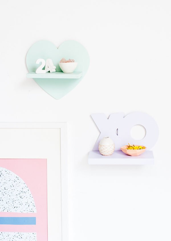 V-Day Mini DIY Shelves for Under $5