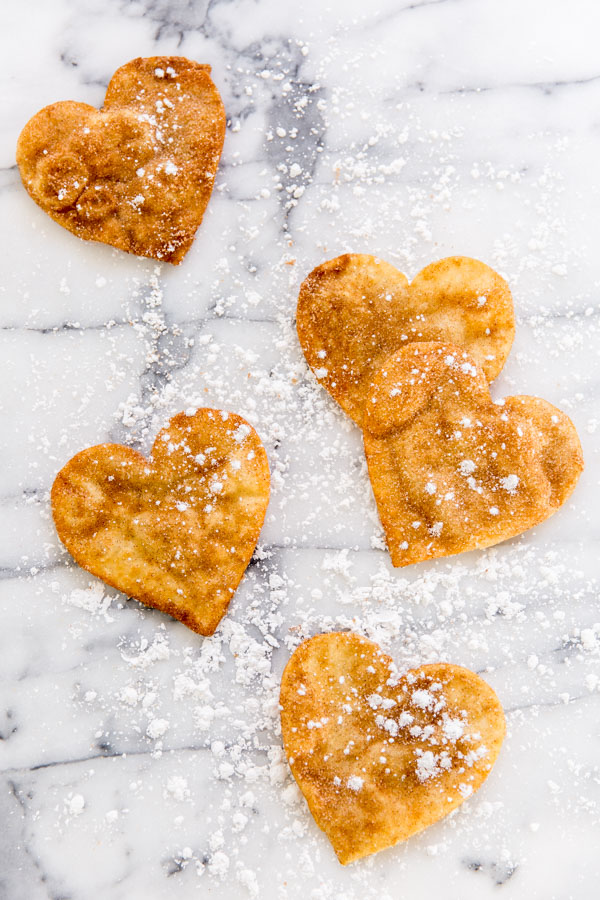 Recipe for (heart-shaped) quick and easy buñuelos