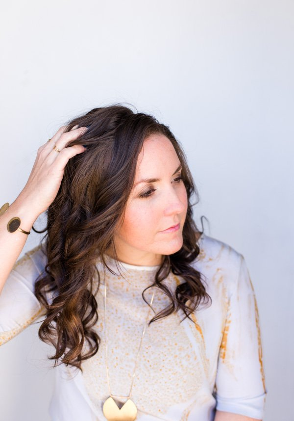 Hair Tutorial // 10 Minutes to the Perfect (Effortless) Wavy Hair