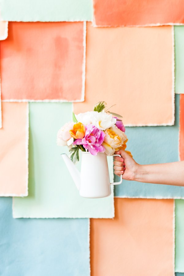 How to create a simple spring bouquet