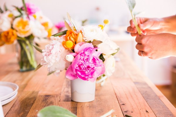 How to create a colorful spring bouquet
