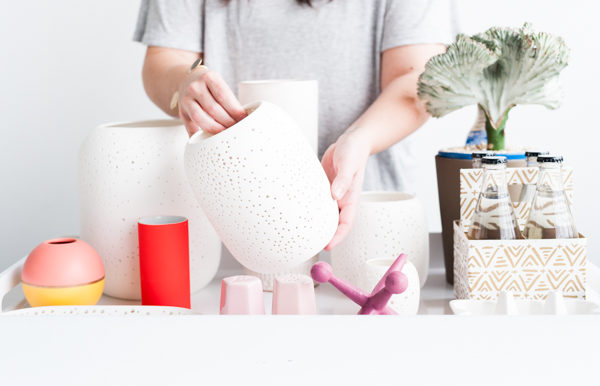 How to create a monochromatic centerpiece for spring (before)