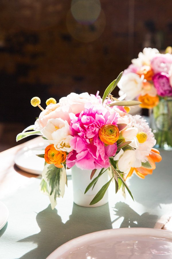 DIY // How to create a colorful spring bouquet