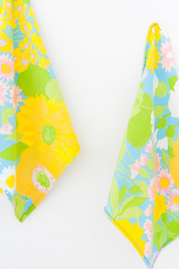 DIY spring napkins