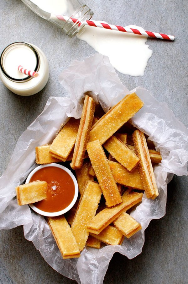 baked apple pie fries and salted caramel dipping sauce