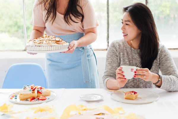 A pastel Mother's Day brunch with DIY entertaining ideas
