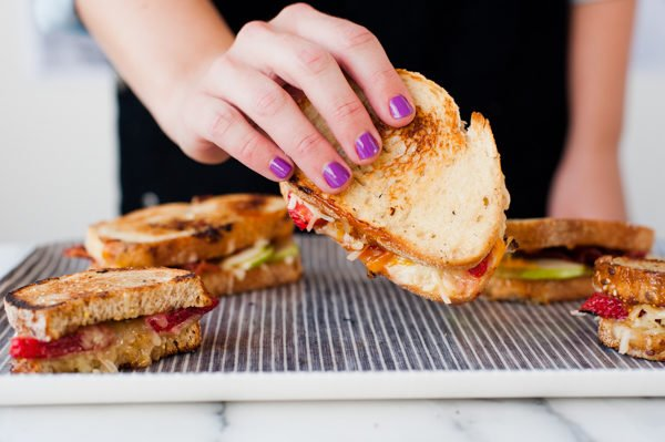 How to make the best grilled cheese ever