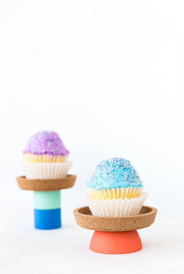 Colorful DIY Cupcake Stand in 60 Seconds