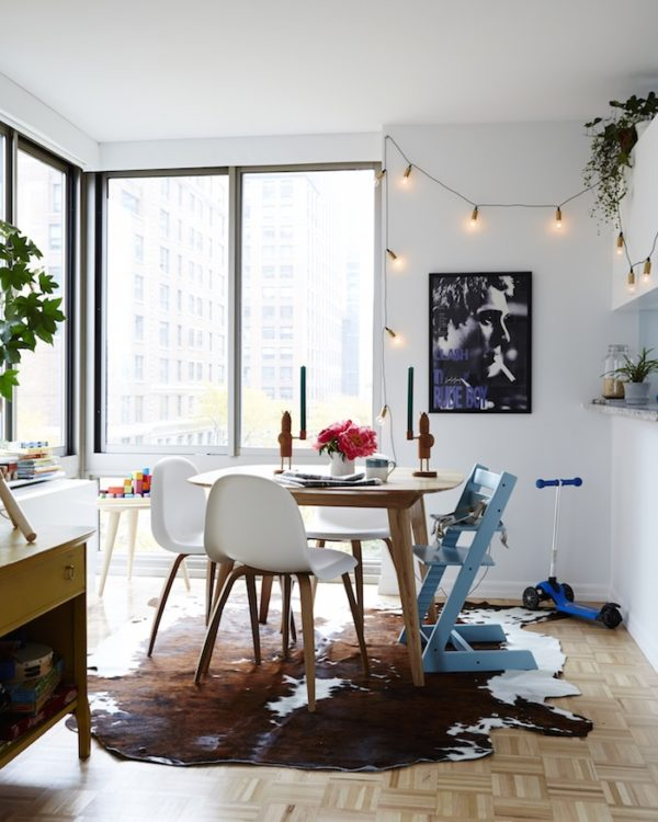 A kid-friendly dining room