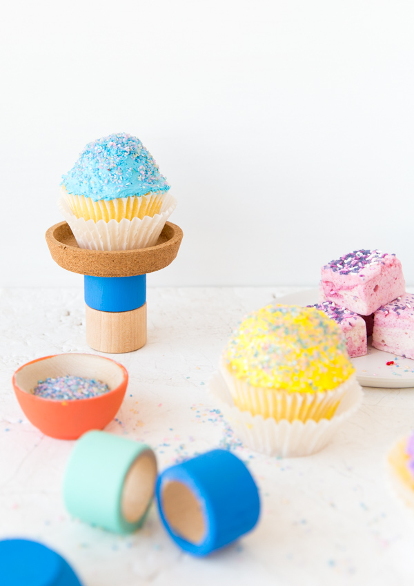 Ikea Hack: A 60 Second $2 DIY Cupcake Stand