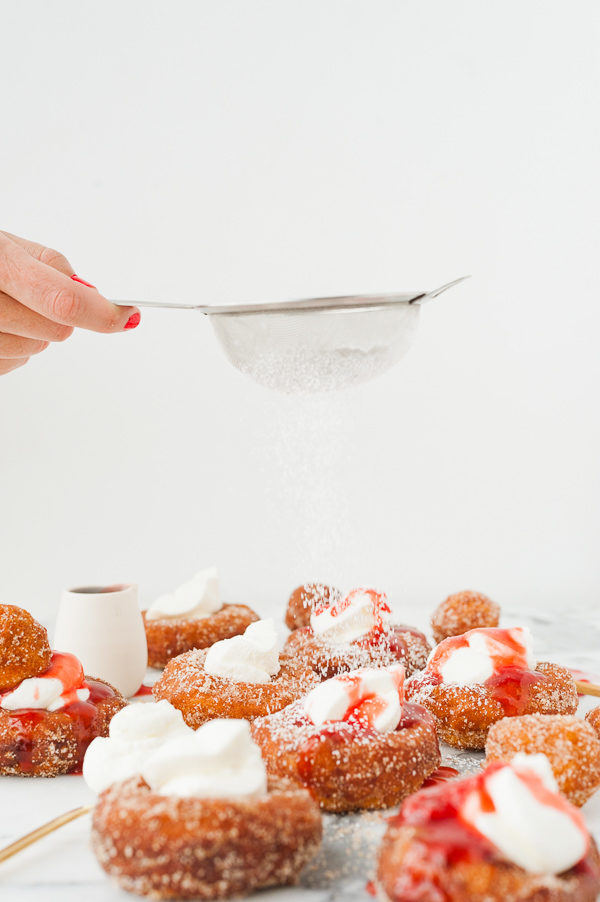 french-toast-donuts-sprinkled-powdered-sugar-1