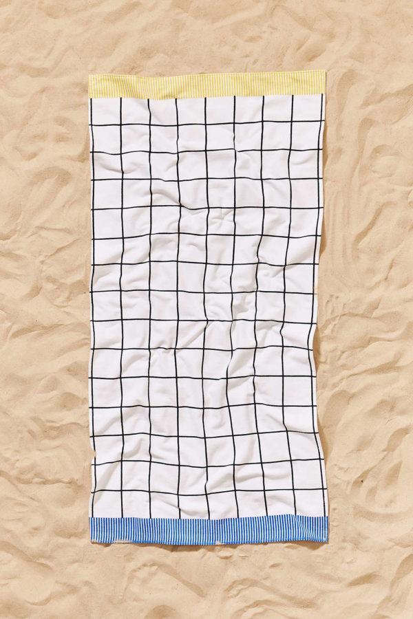 Grid pattern beach towel