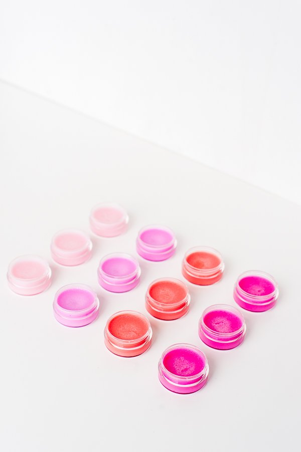 How to make a (completely natural) two ingredient DIY lip balm in lots of colors.