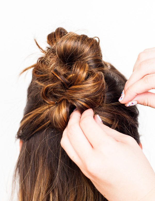 DIY Hair Tutorial // Go from Day to Night with this Messy Bun Faux Hawk (2 Ways)
