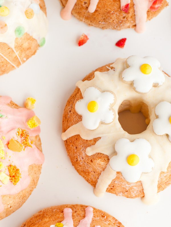 5 DIY Ways to Take a Store-Bought Cake from Average to Awesome