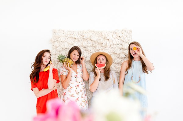 A fresh summer party with more DIY ideas...including that woven photo booth backdrop.
