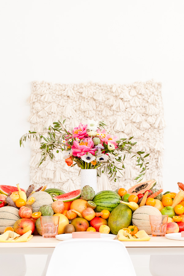 Fresh Summer Party Ideas // DIY floral centerpiece + edible fruit and veggie table runner
