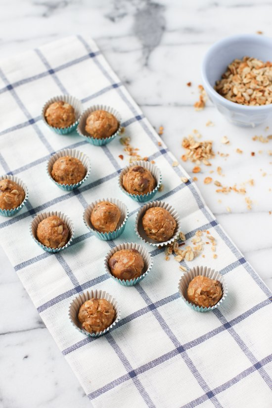 organic no-bake energy bites