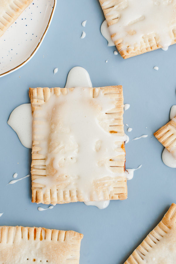 Try this drunken s'more pop tart recipe with chocolate + caramel bourbon filling and a marshmallow glaze.
