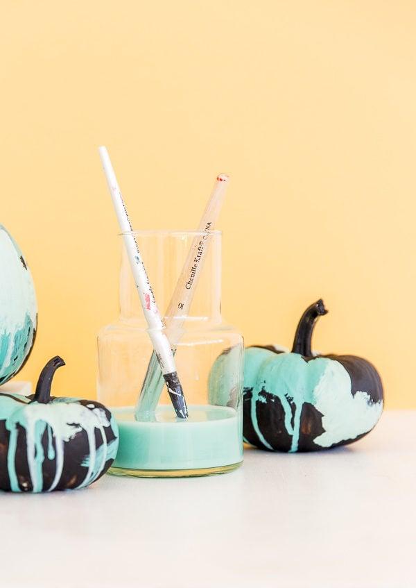 Watercolor pumpkins for Halloween (no-carve idea)