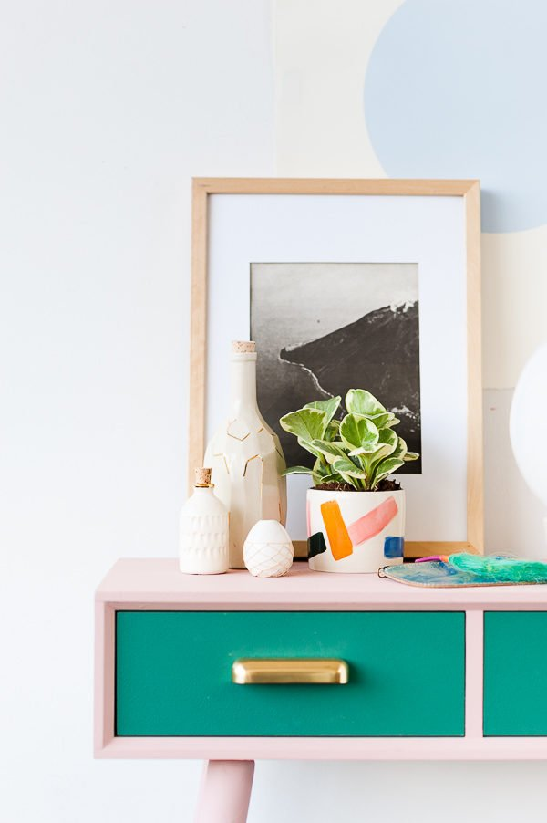 A Mid-Century Entryway Table Makeover For Fall