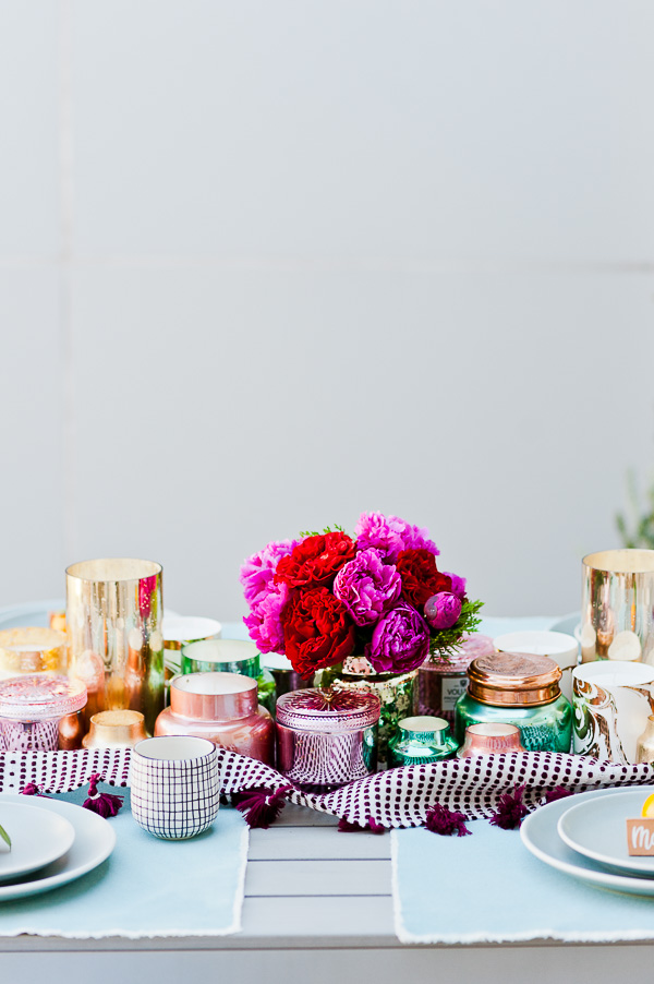 A bold DIY floral centerpiece for winter