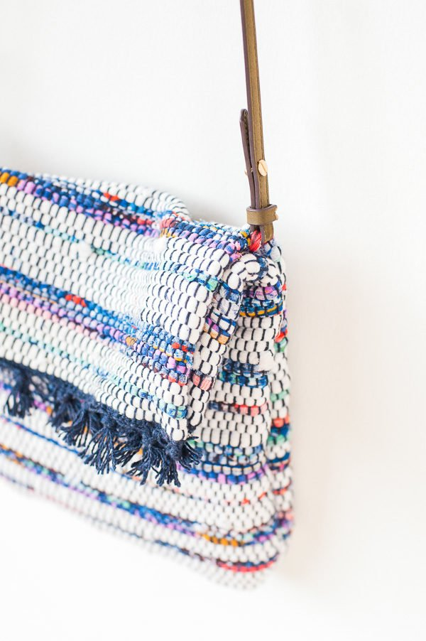a DIY cross body bag for under $10 (and 40+ other DIY holiday gift ideas that don't suck)