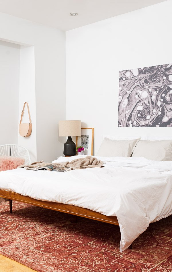 A minimal mid-century master bedroom makeover from Paper & Stitch