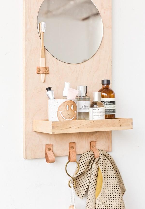 33 Ways to Organize Your Life: DIY Bathroom Organizer for the Wall #organization #organized