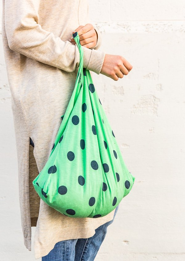 Bag Hag How To Make Upcycled Grocery Totes With Old T