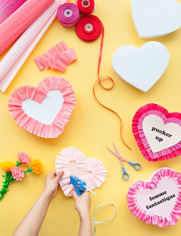 Making vintage Valentine's Day boxes from scratch