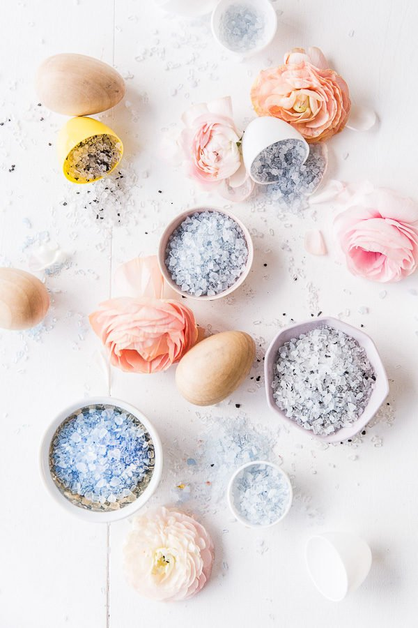 How to Make DIY Bath Salt Easter Egg Bombs (4 Ways) for Spring
