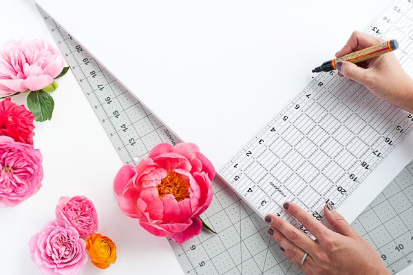 How to Create a DIY Flower Message (That Also Floats)