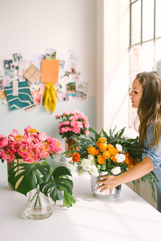 Brittni Mehlhoff of Paper & Stitch shares her go-to list of flowers she uses to create awesome arrangements and centerpieces every time.
