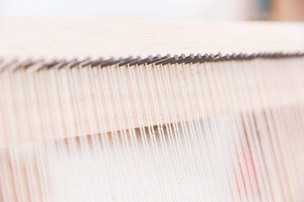 How to make a giant DIY weaving loom for less than $20
