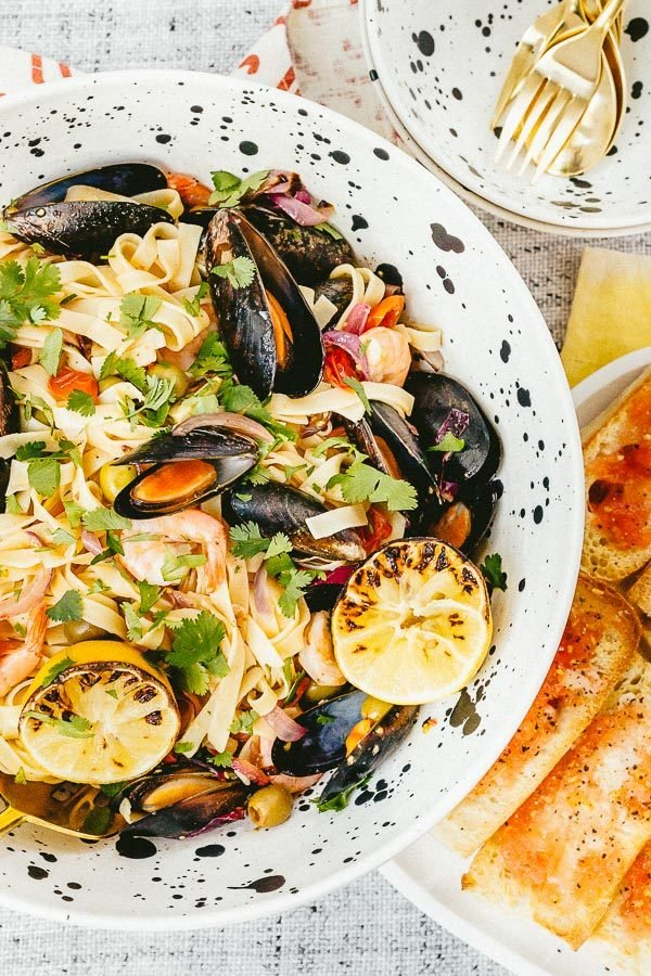 A seafood pasta recipe that tastes delicious and is actually really easy to make! Click through for the recipe. #seafood #pasta #recipe #yum
